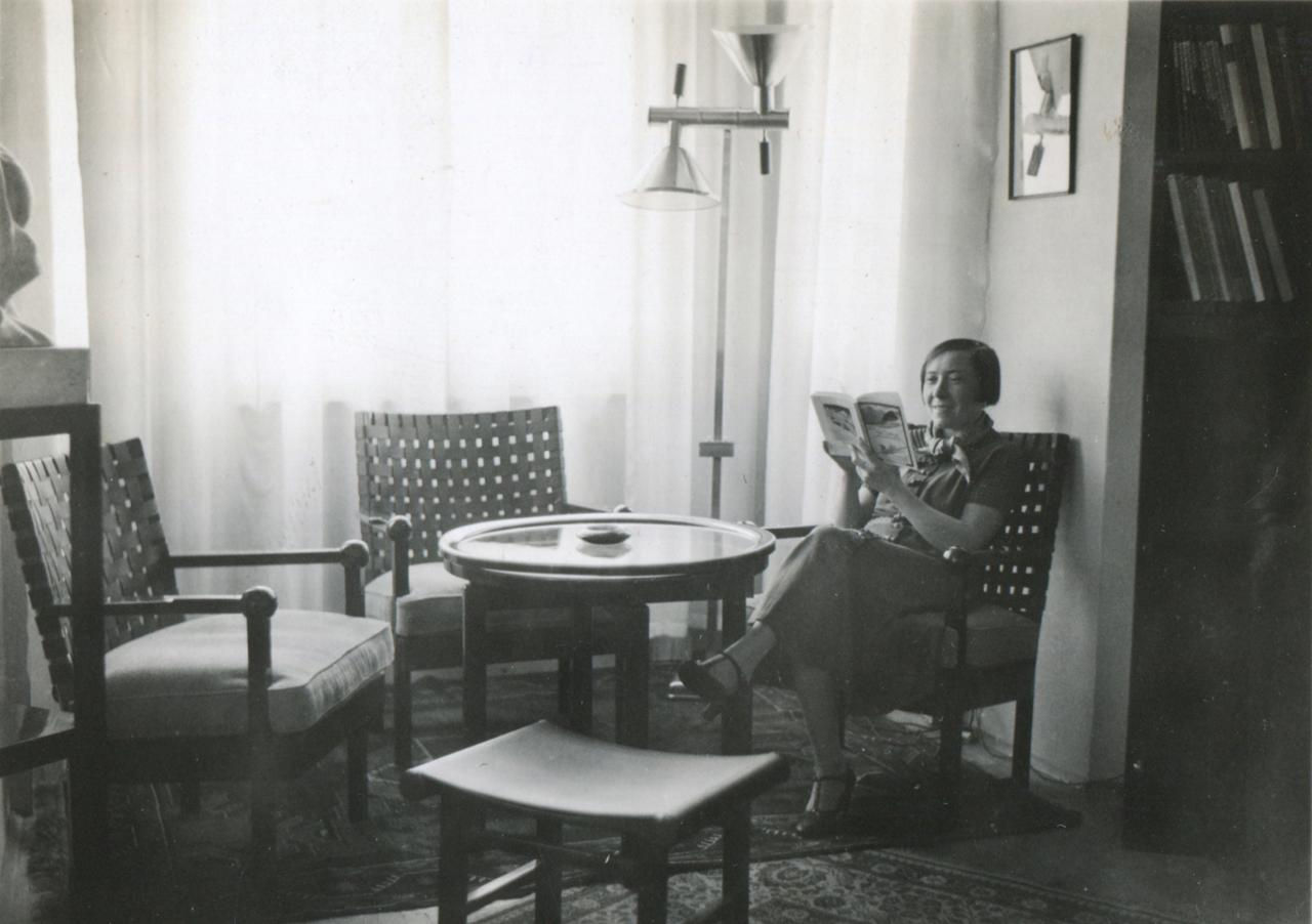 Slawa Duldig in her sitting room, Vienna, early 1930's