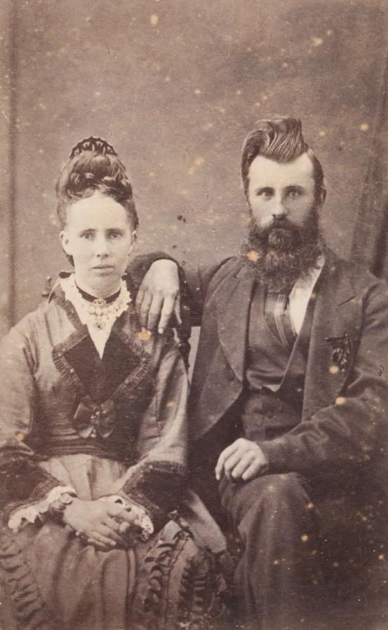 STEPHEN SPURLING, Launceston No title (Man and woman), carte-de-visite (1878-1880)