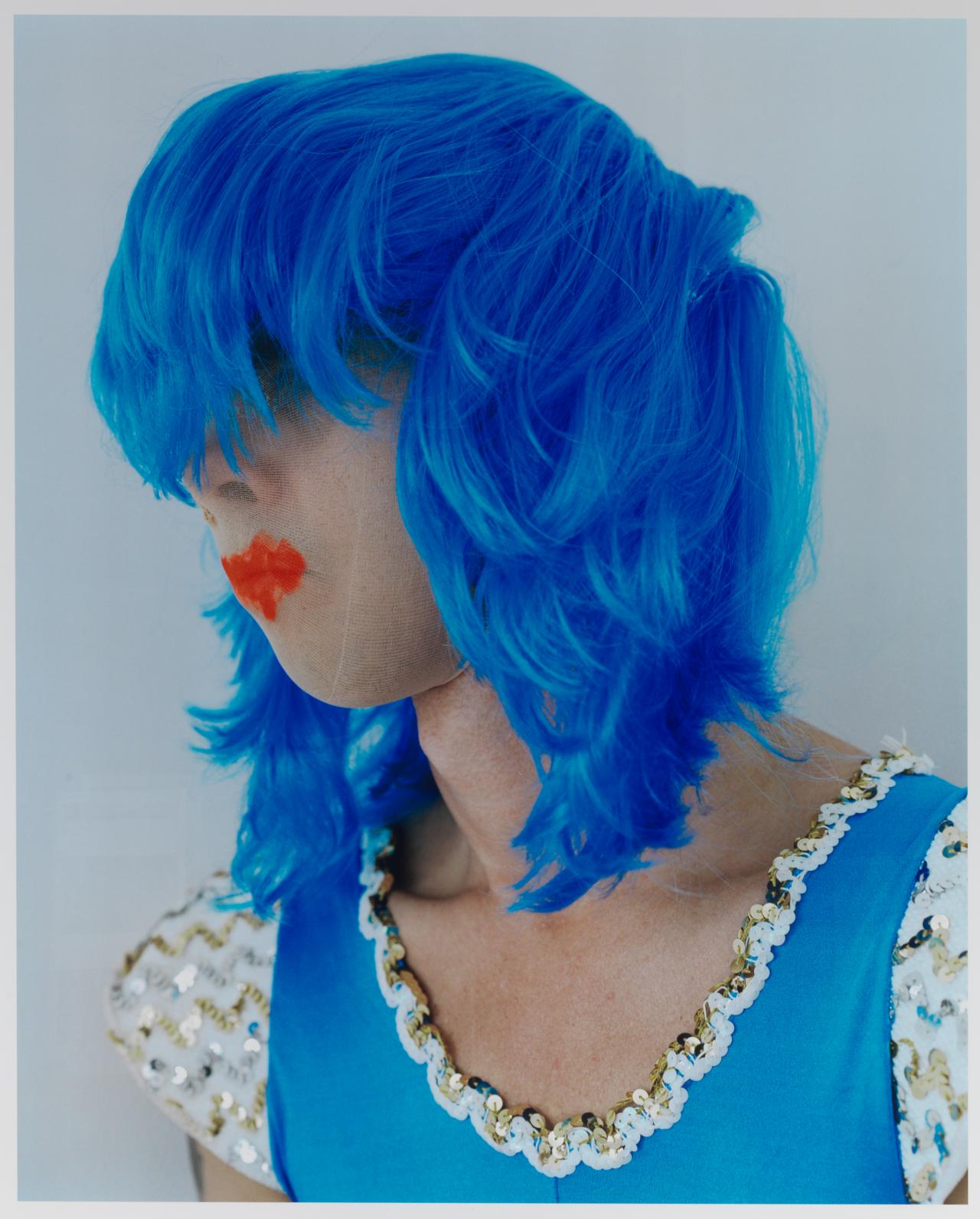 Polly BORLAND Untitled (Nick Cave in a blue wig) 2010