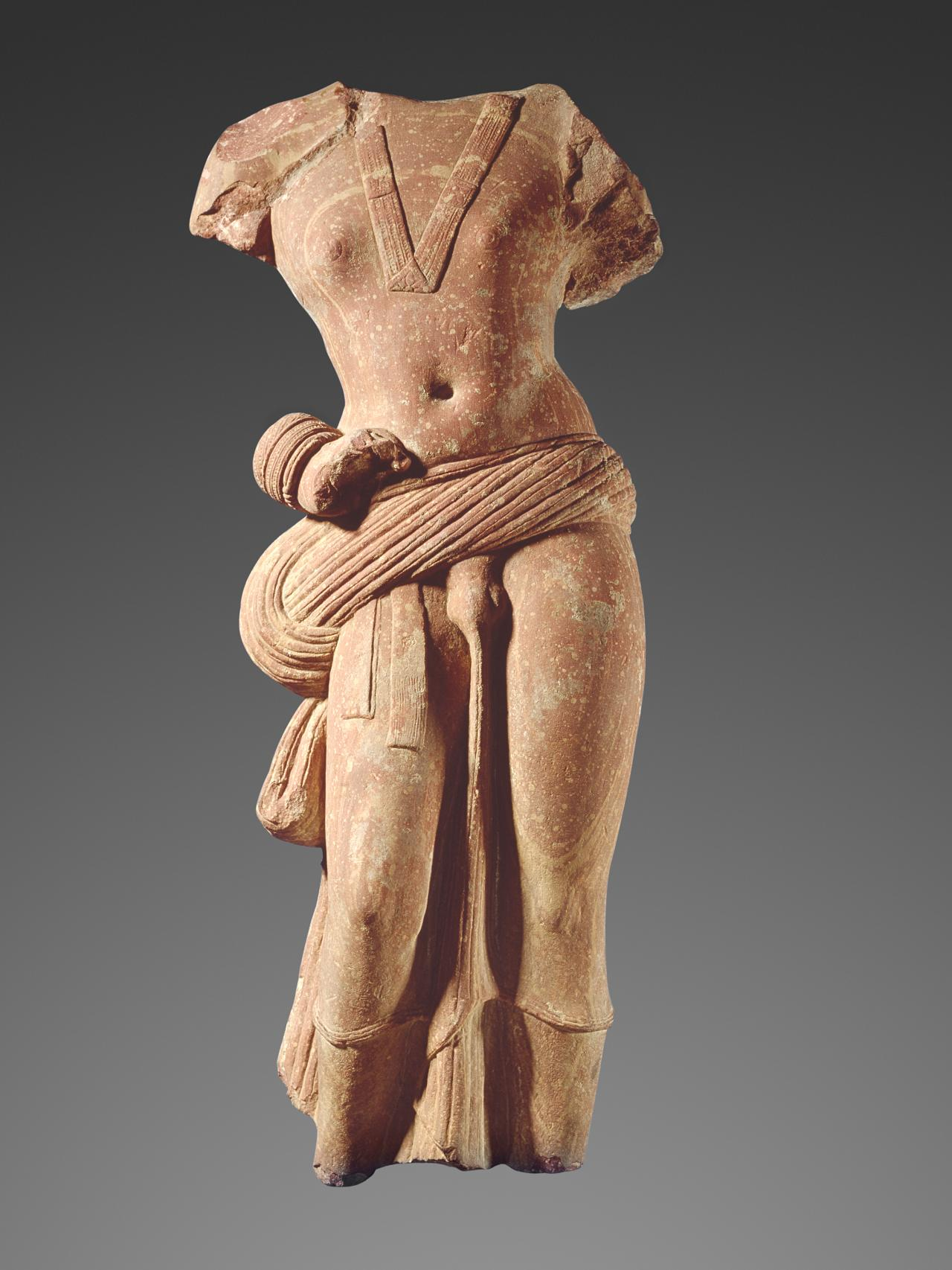 the sculpture bodhisattva Chinese buddhist sculpture frequently illustrates interchanges between china and other buddhist centers works with powerful physiques and thin clothing derive from indian prototypes, while sculptures that feature thin bodies with thick clothing evince a chinese idiom.