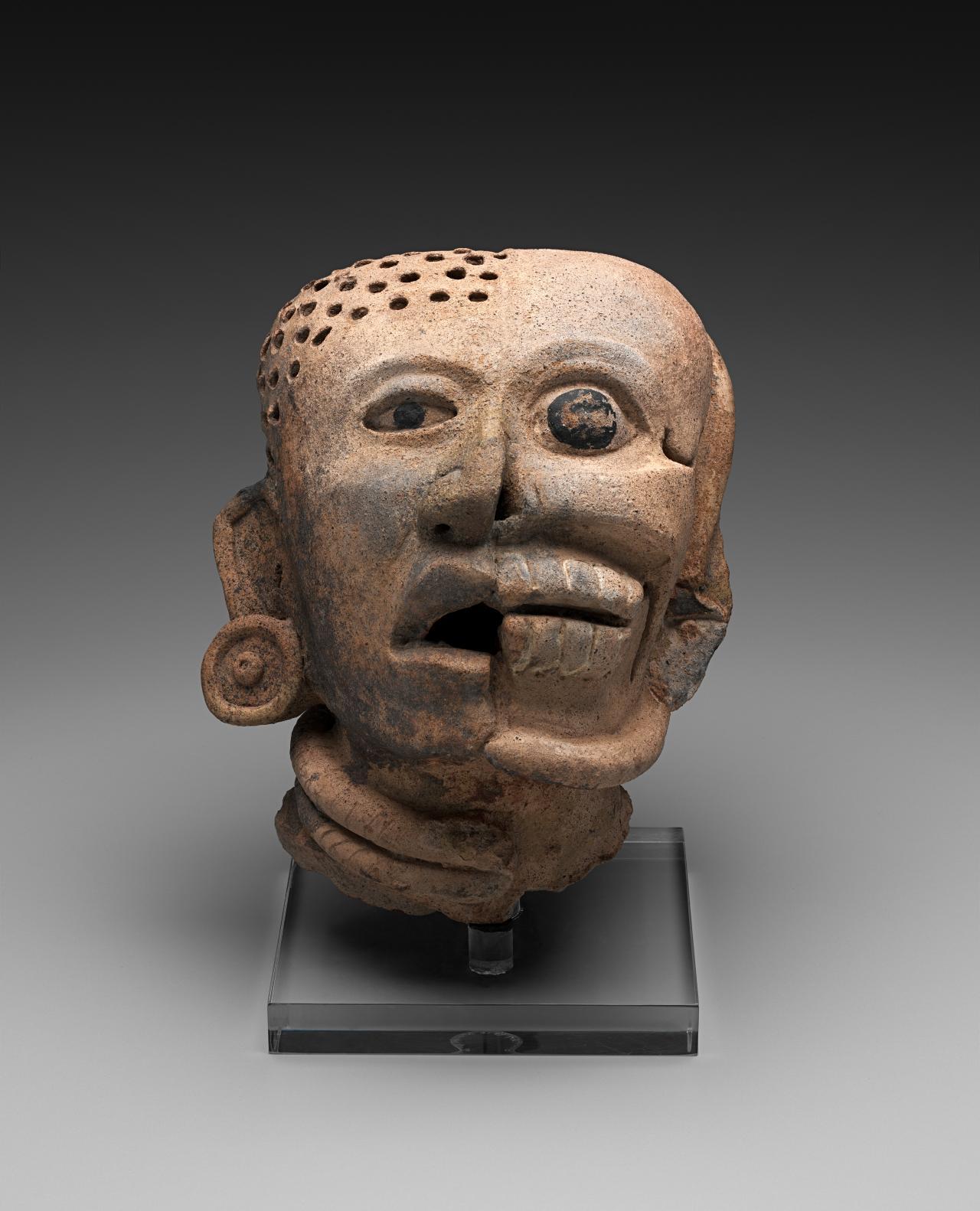 ancient aztec architecture essay