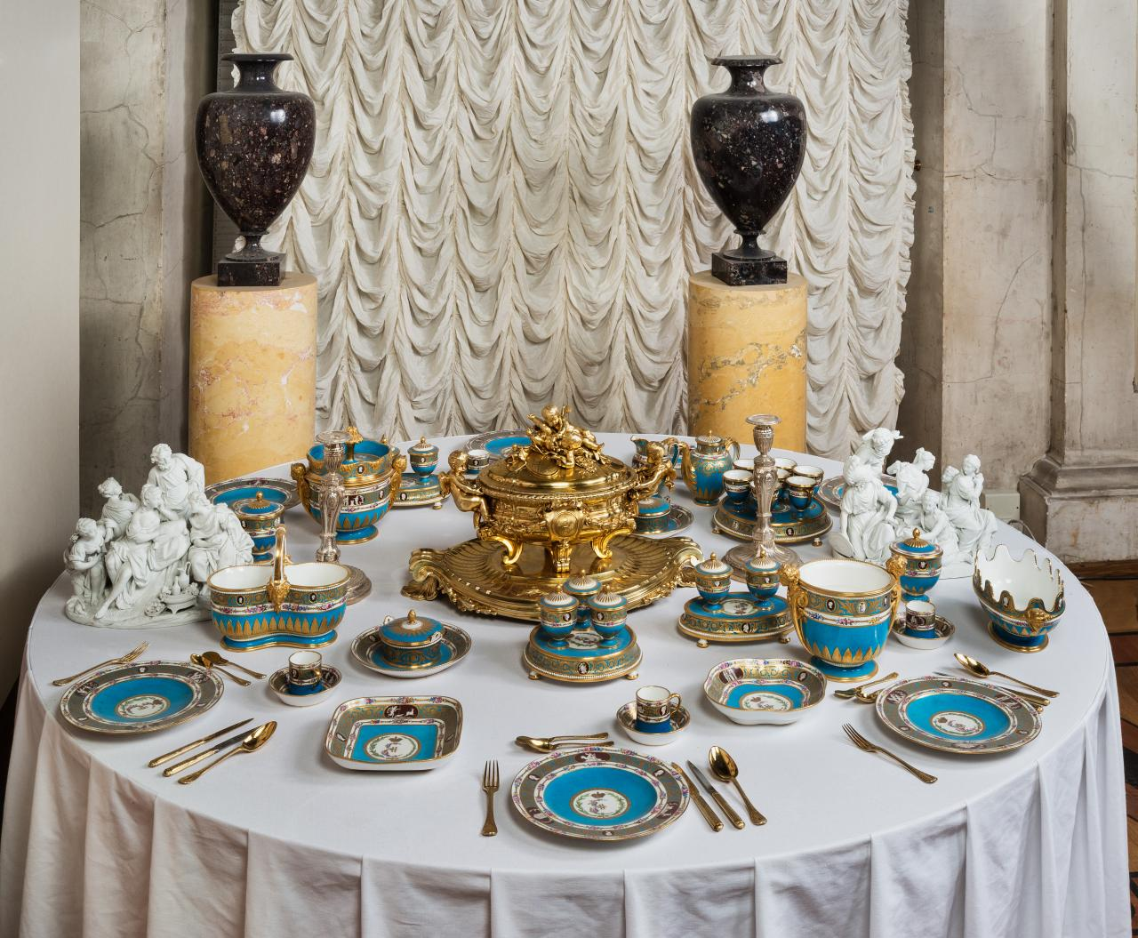 Russian table setting - Russian Table Setting 23