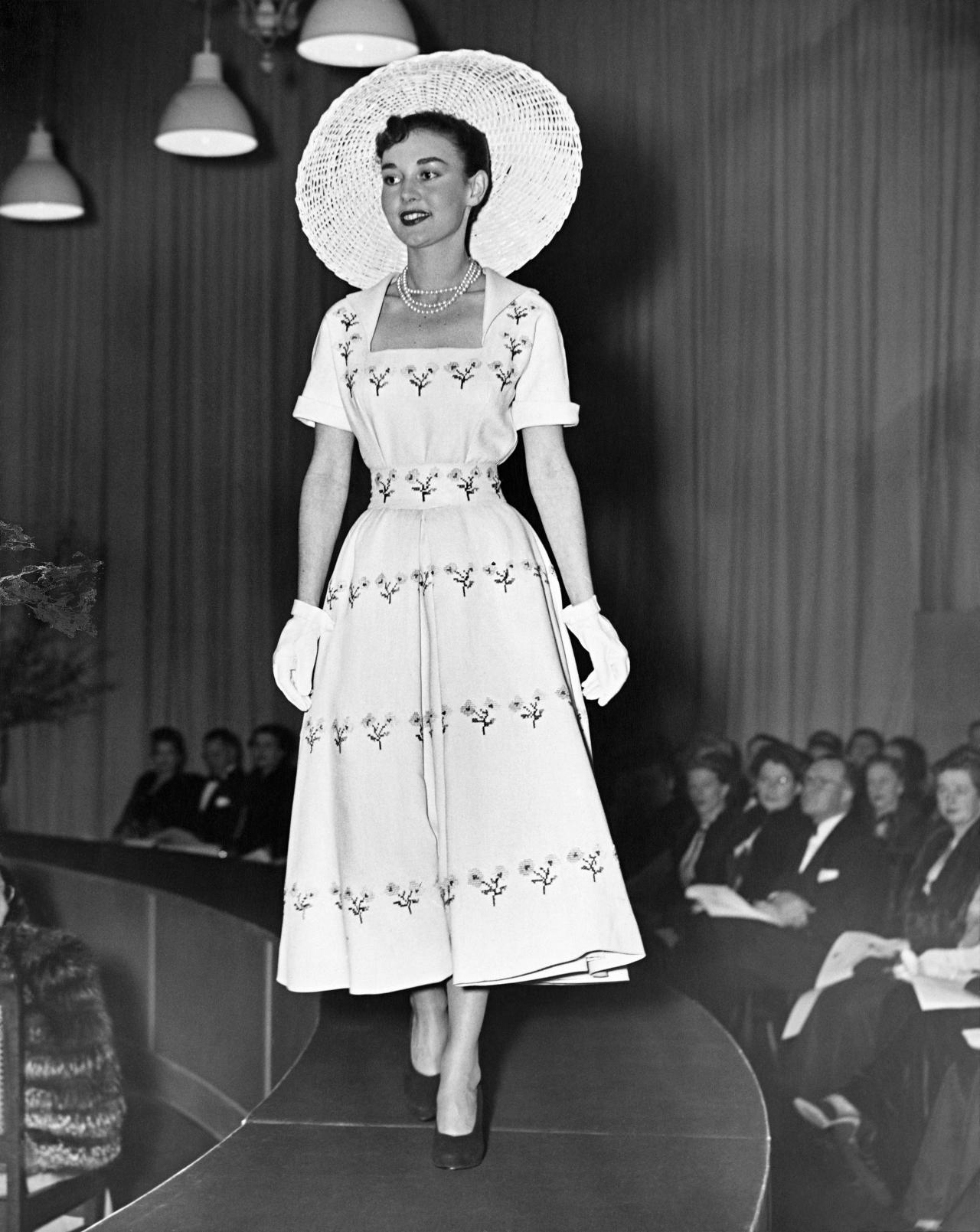 c8c9ab7f4 When Dior died unexpectedly in October 1957 plans to bring a second major  couture parade out to Australia were already in place. Organised by David  Jones ...