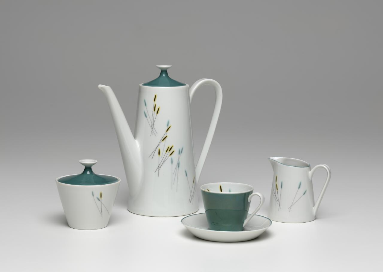 A Modern Life - Tablewares 1930s-1980s