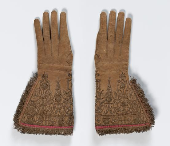 (ENGLAND / THE NETHERLANDS) Gloves (c. 1620)