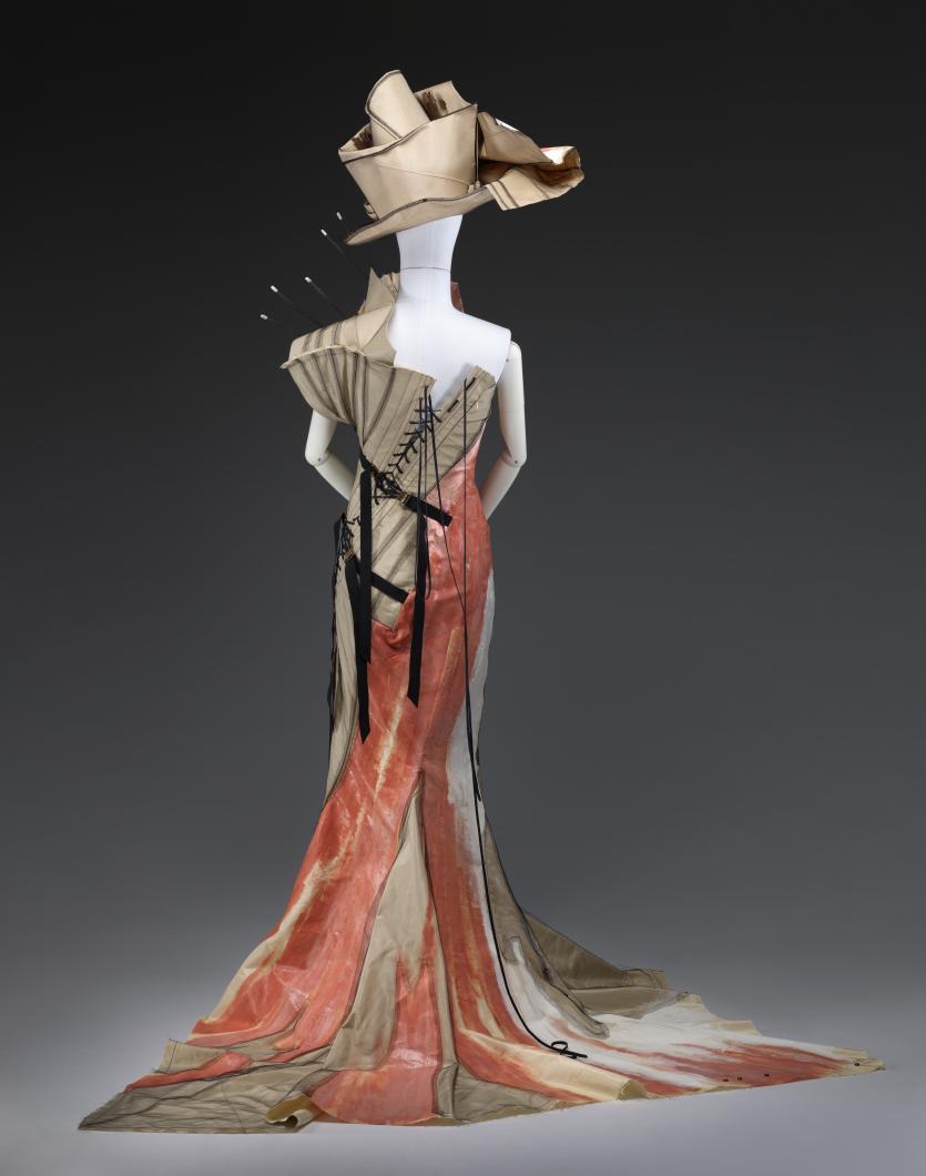 Look 39 | CHRISTIAN DIOR, Paris (couture house); John
