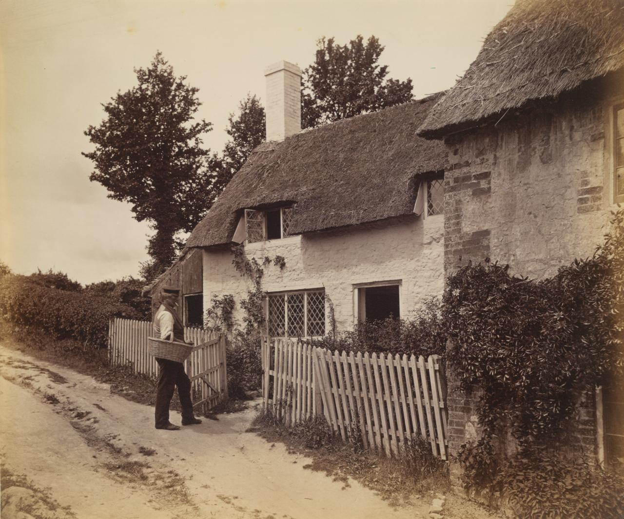 Cottage, Raxtol Kent