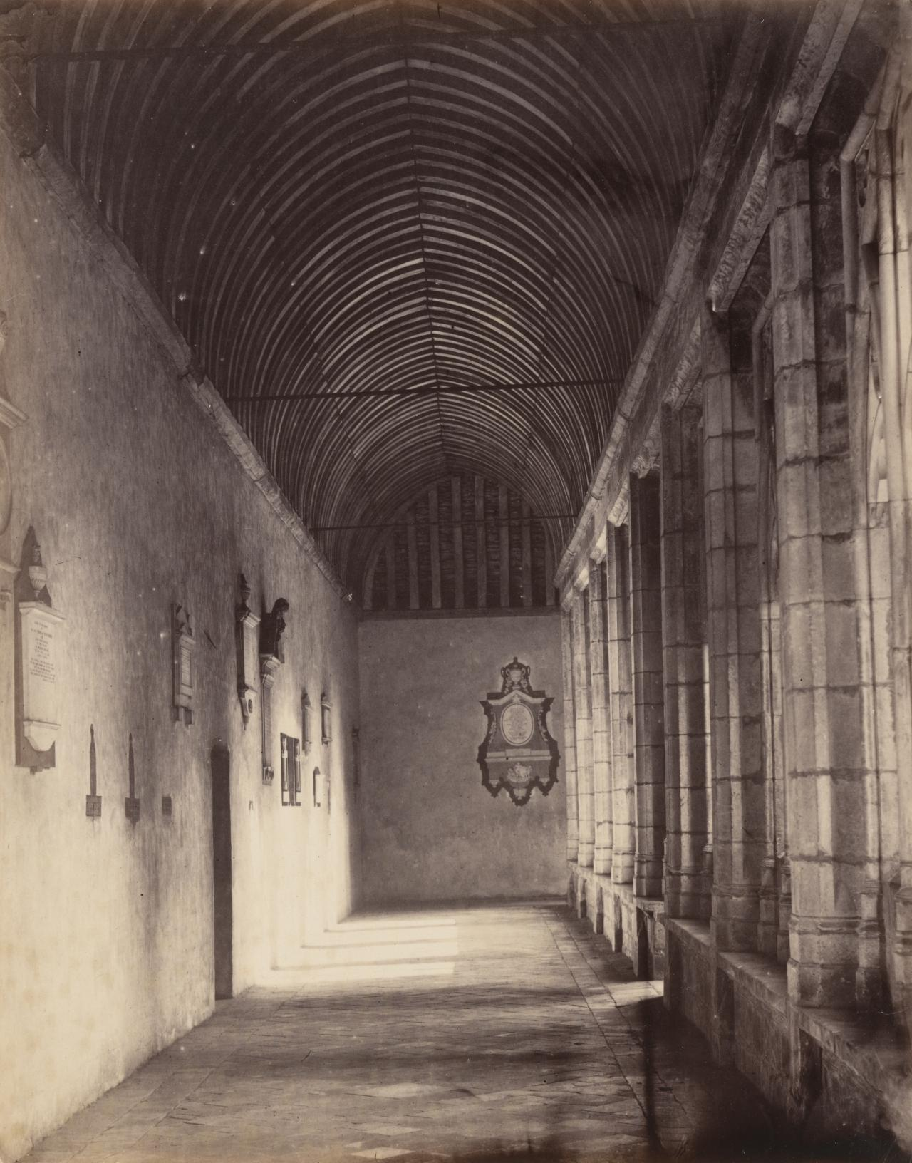 Cloisters, Winchester school