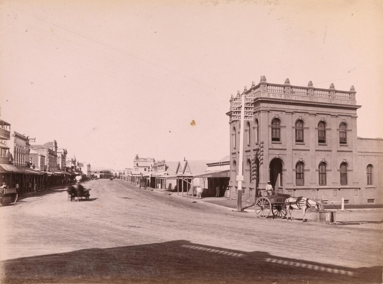 Flinders Street from Denham St (East)
