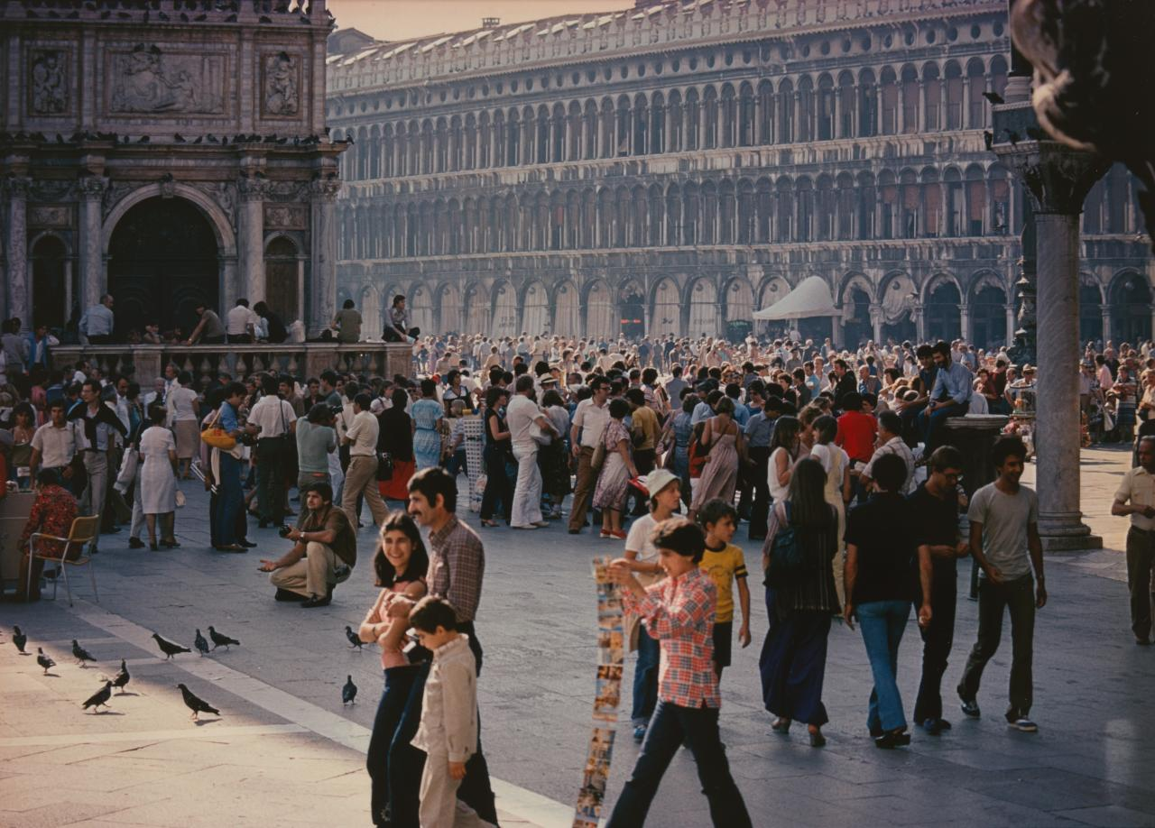 No title (Tourists, St. Marks Square, 1979)