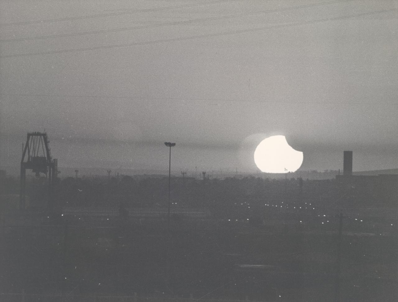 Smog and eclipse, Melbourne, 10th April 1986