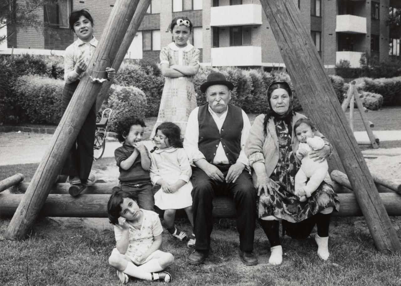 Mustafa and Zühre Yildirum from Turkey, caring for their grandchildren Nurahan and Tugay Gundogdu and other Turkish children. Warr Park, De Carle Street, Brunswick