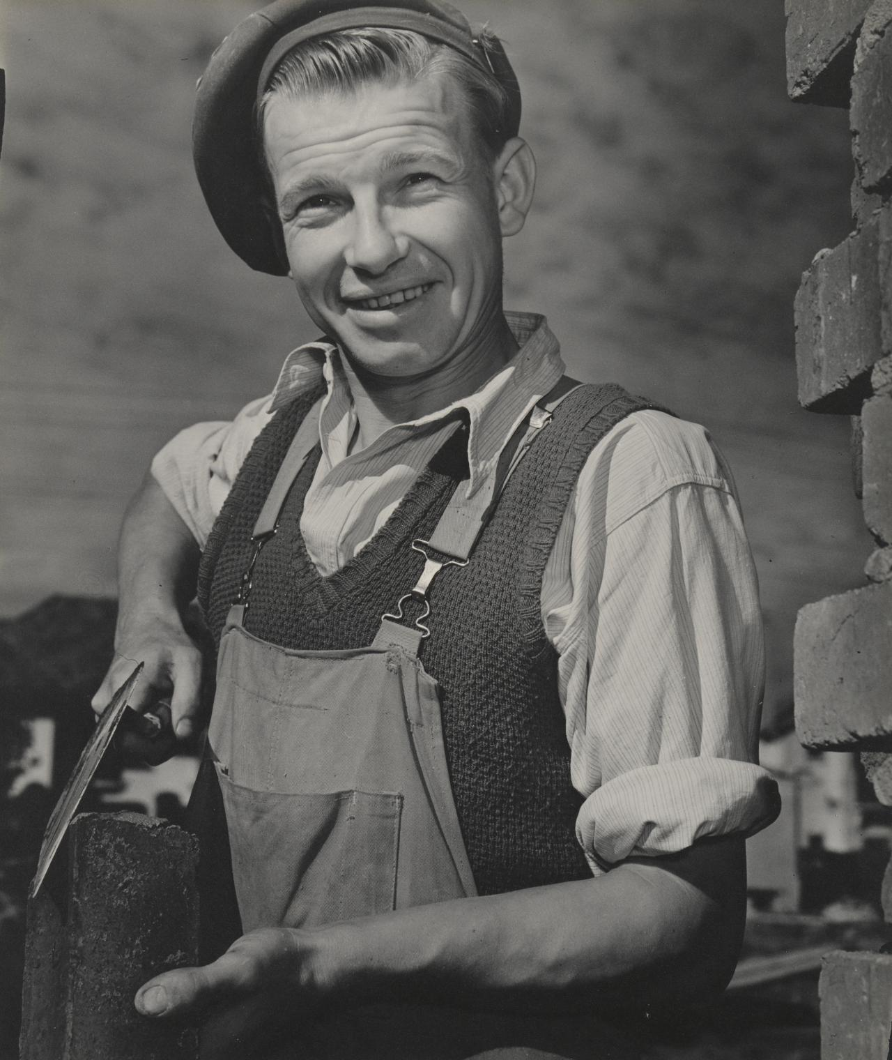 Migrant bricklayer