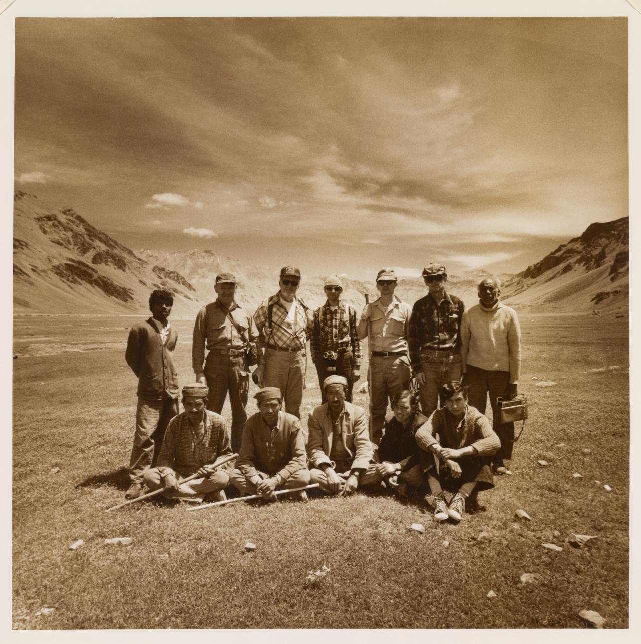 American Marco Polo Sheep hunters on the Lingtzi plain