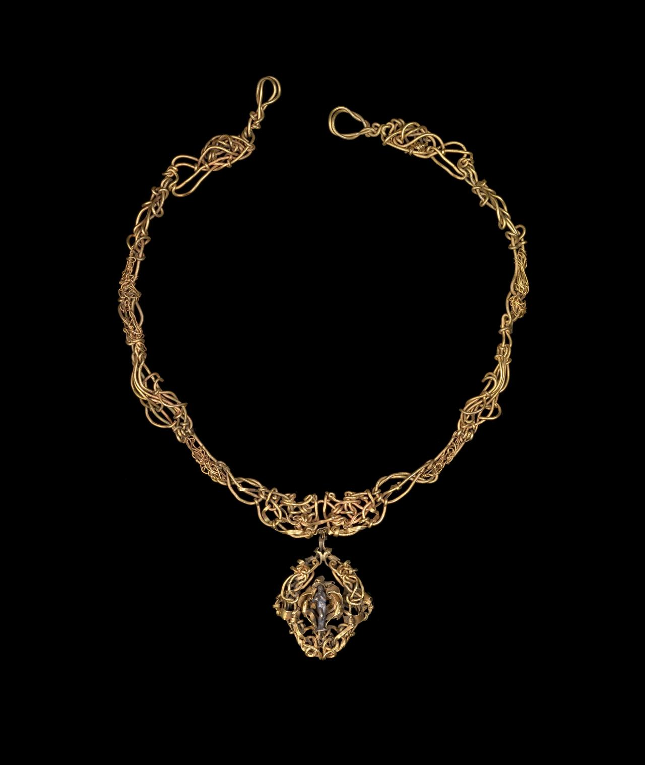 The Illingworth Necklace
