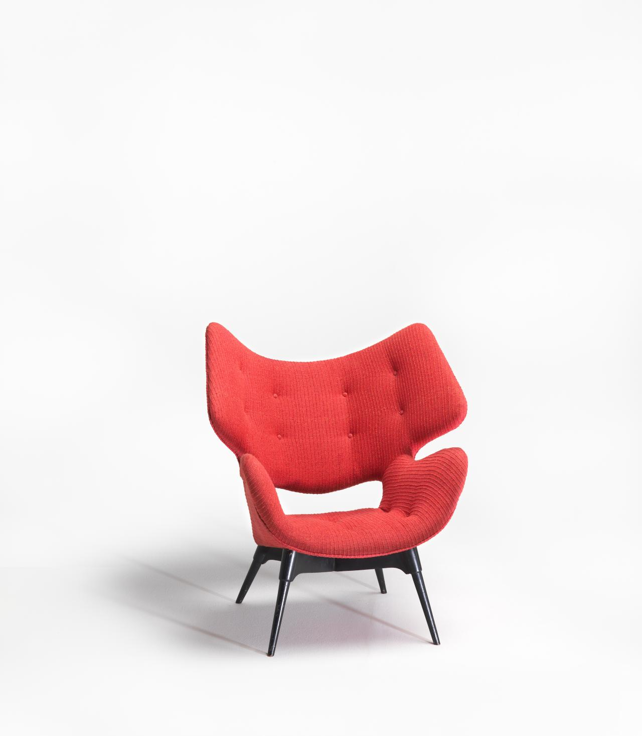 B220H Curl-up Contour chair
