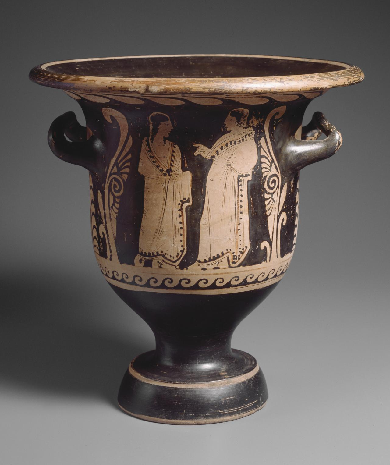 Bell krater (Paestan red-figure ware)