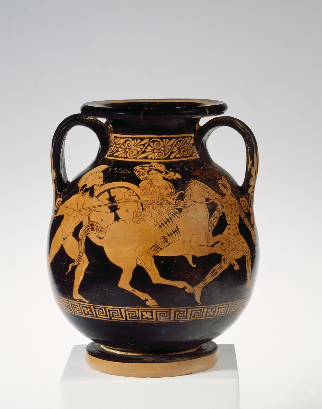 Pelike (Apulian red-figure ware)