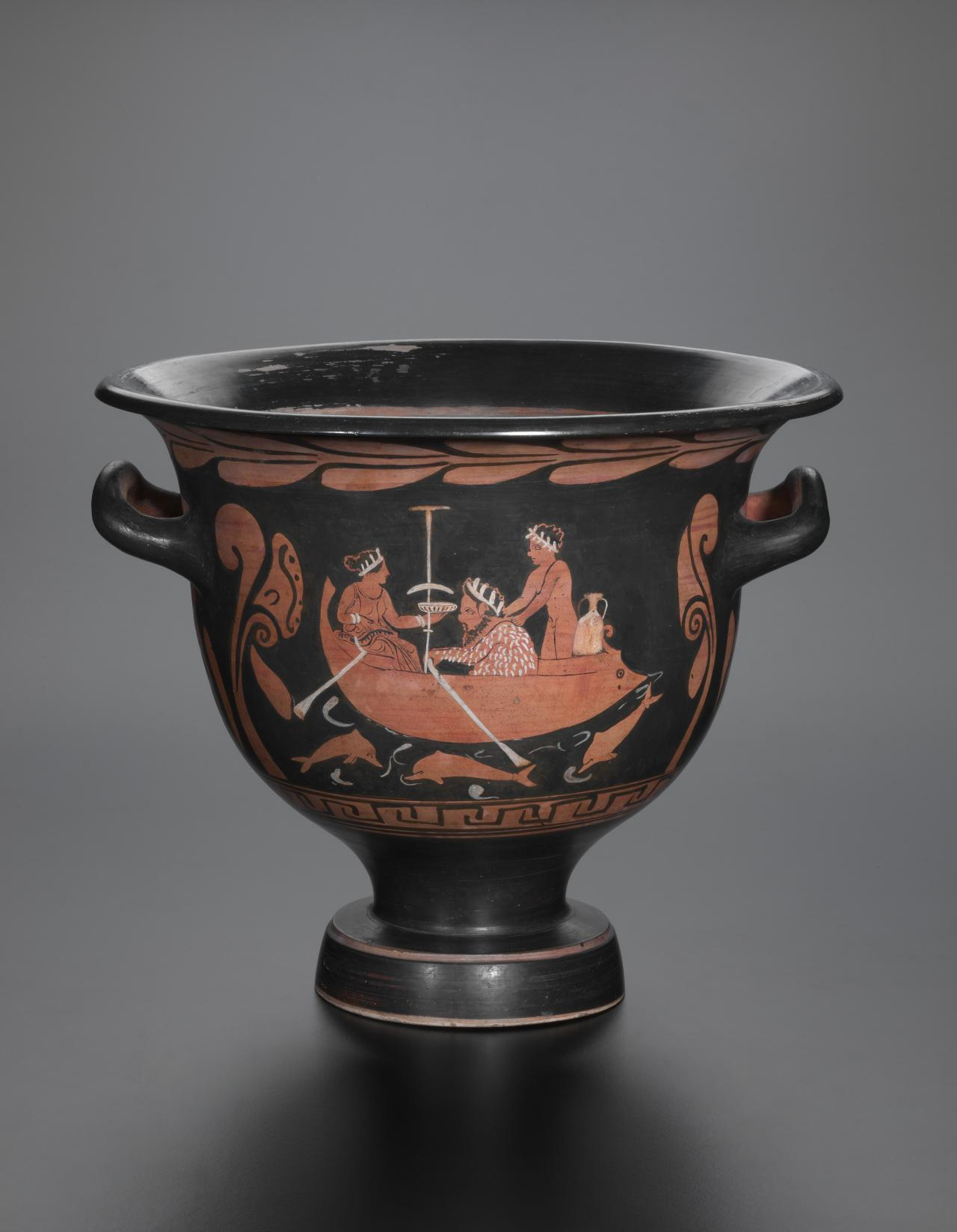 Bell krater (Campanian red-figure ware)