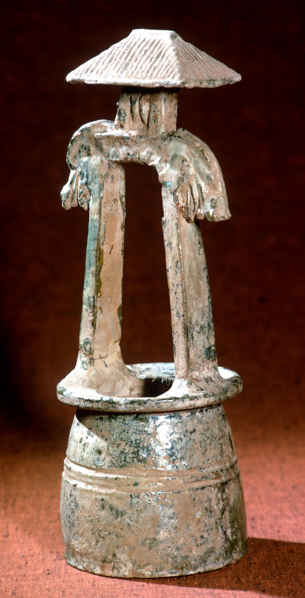 Model of a well head