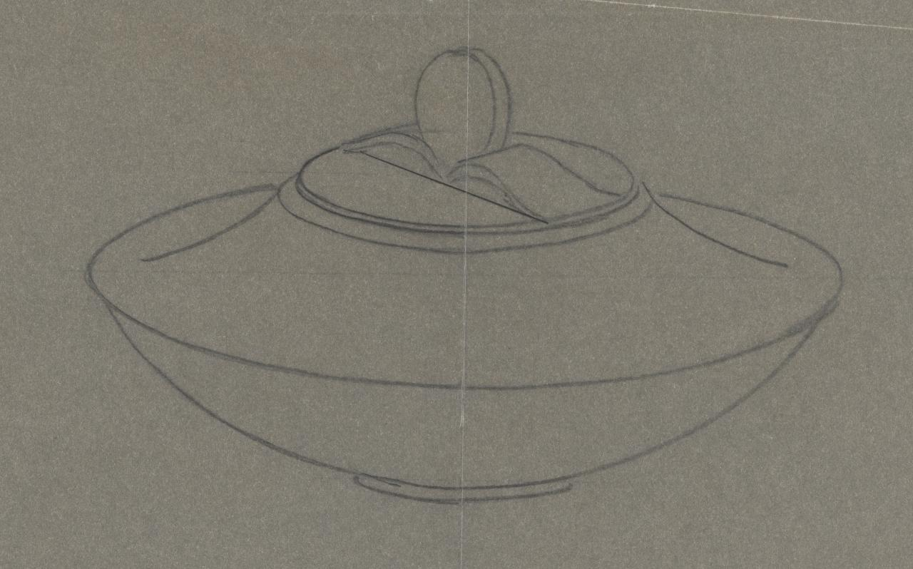 Tracing of a design for a covered bowl