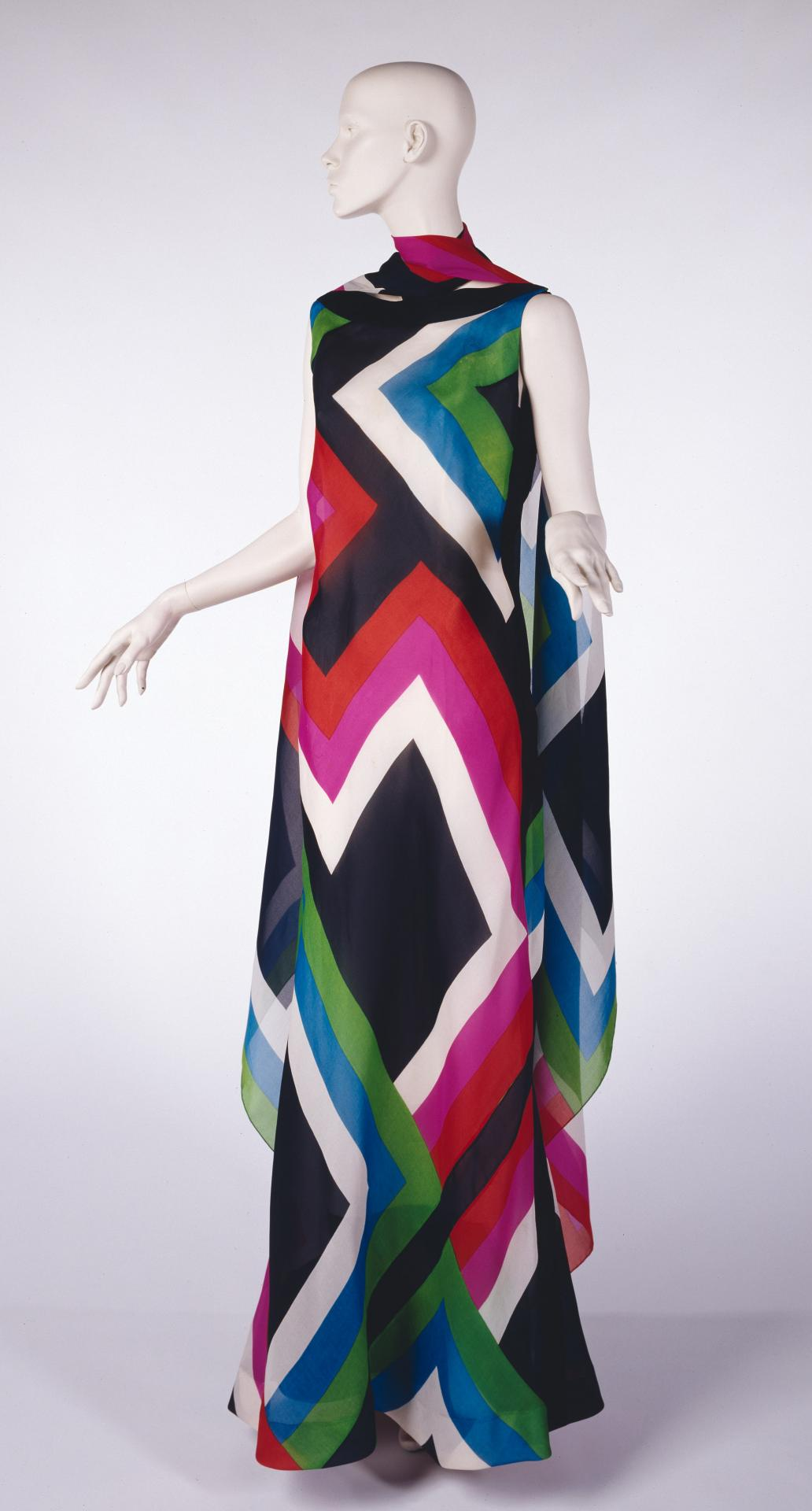 Athenes evening dress and scarf