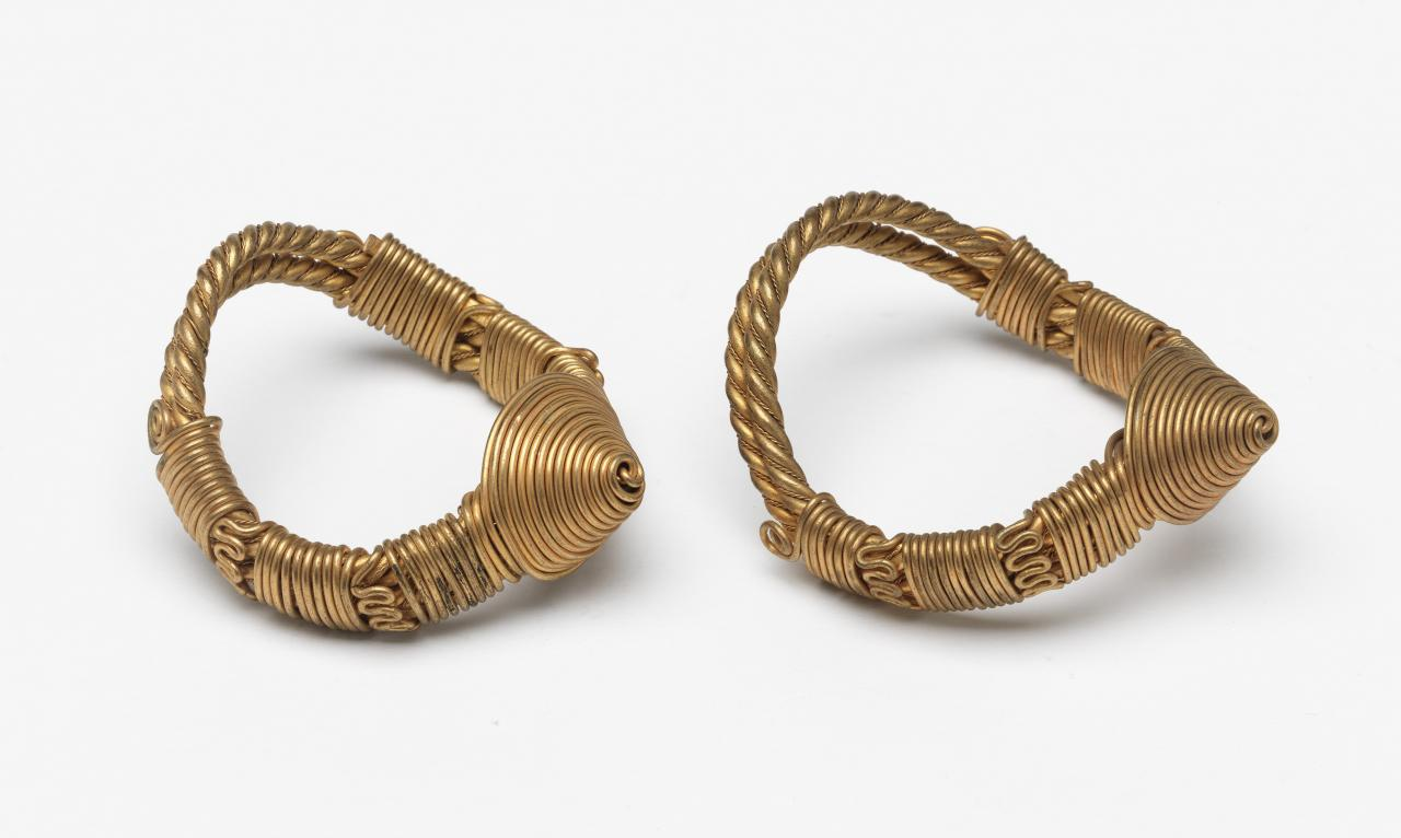 Pair of armlets