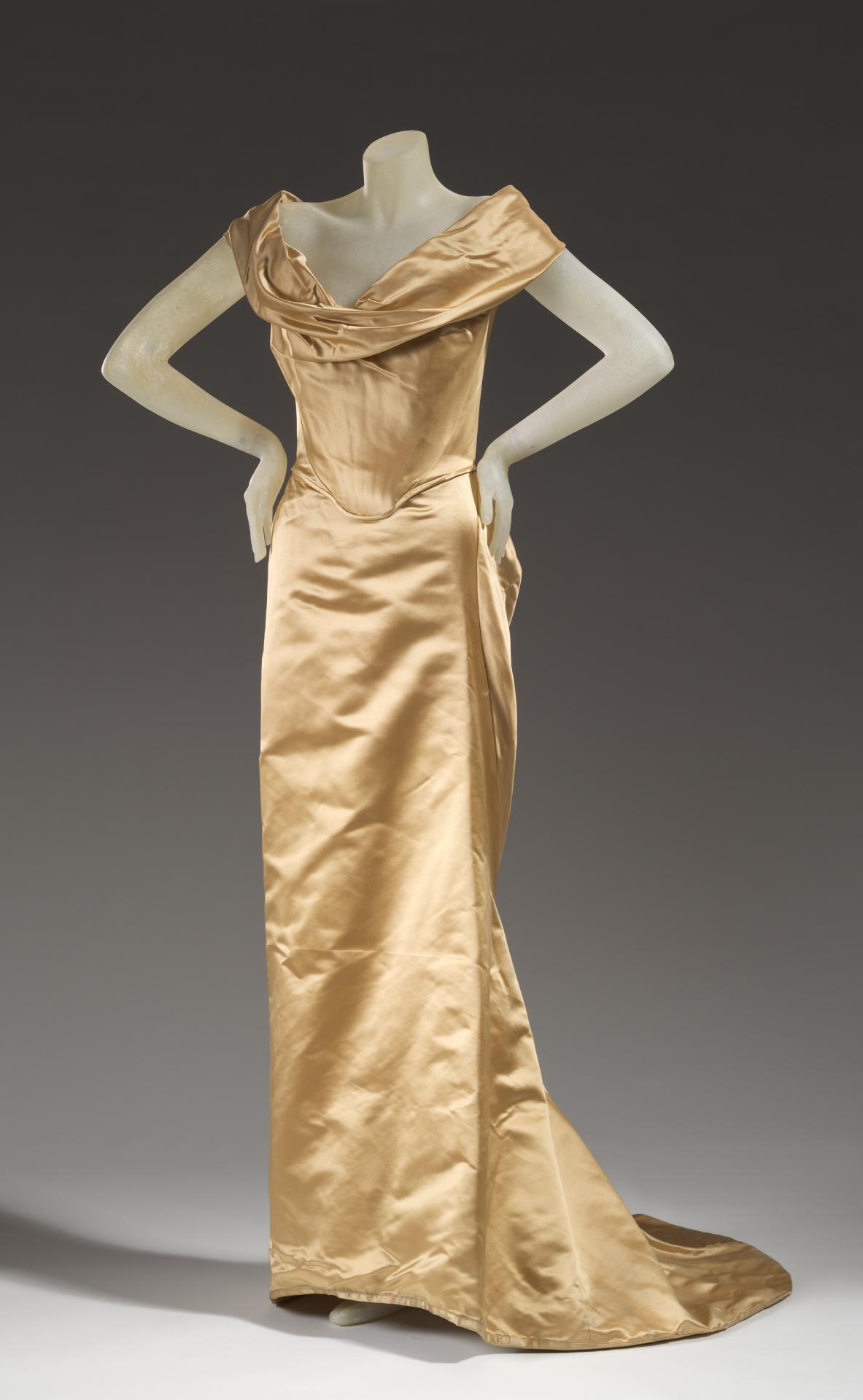 Viviene Westwood Wedding Dresses.Wedding Dress Vivienne Westwood London Fashion House