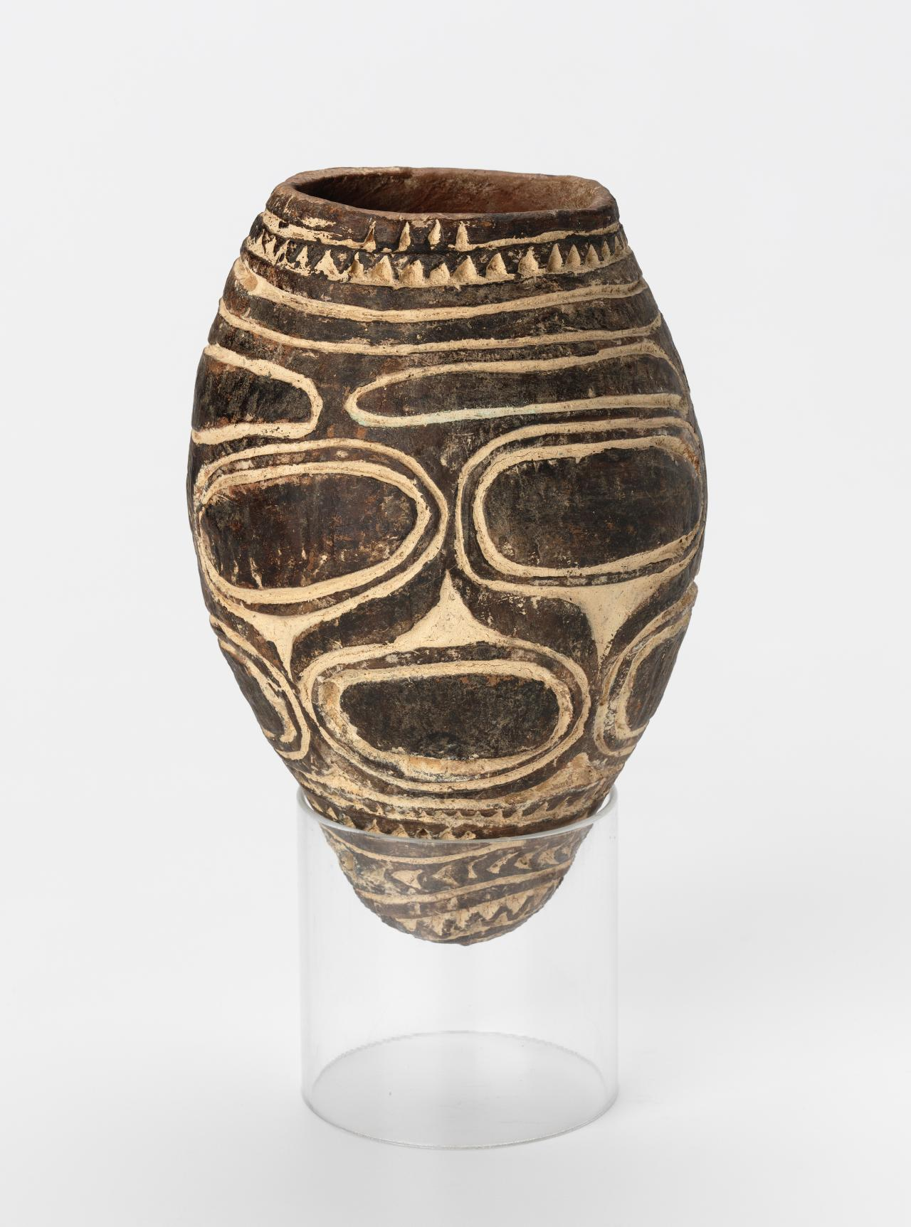 Awomar, Ceremonial clay food bowl