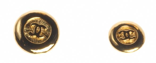 Pair of buttons