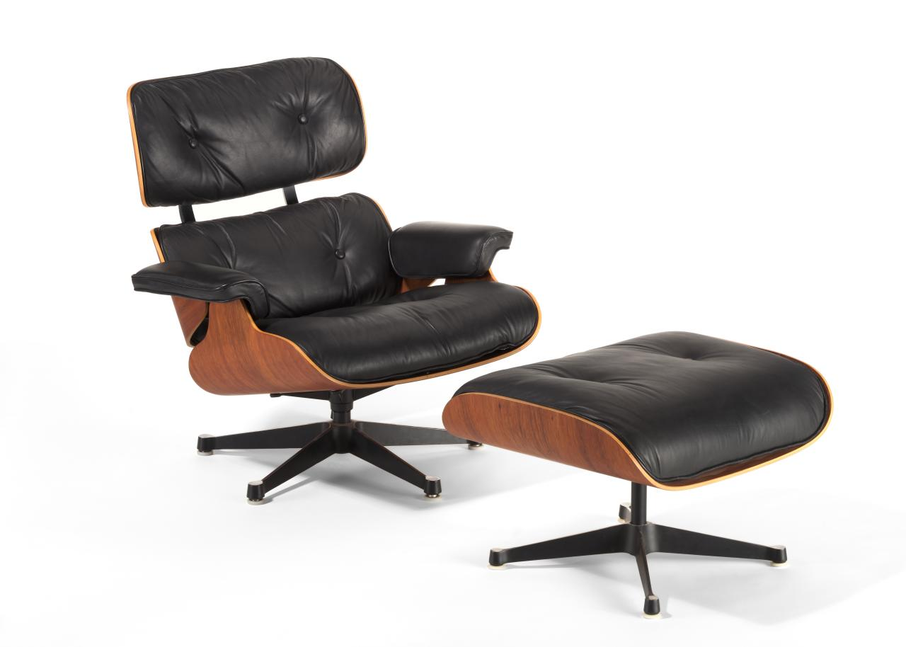 Lounge chair 670 and Ottoman 671