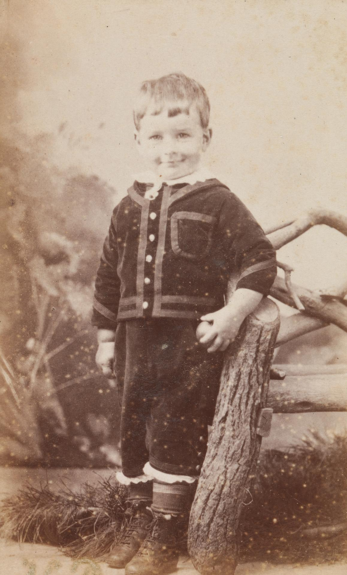 No title (Young boy), carte-de-visite