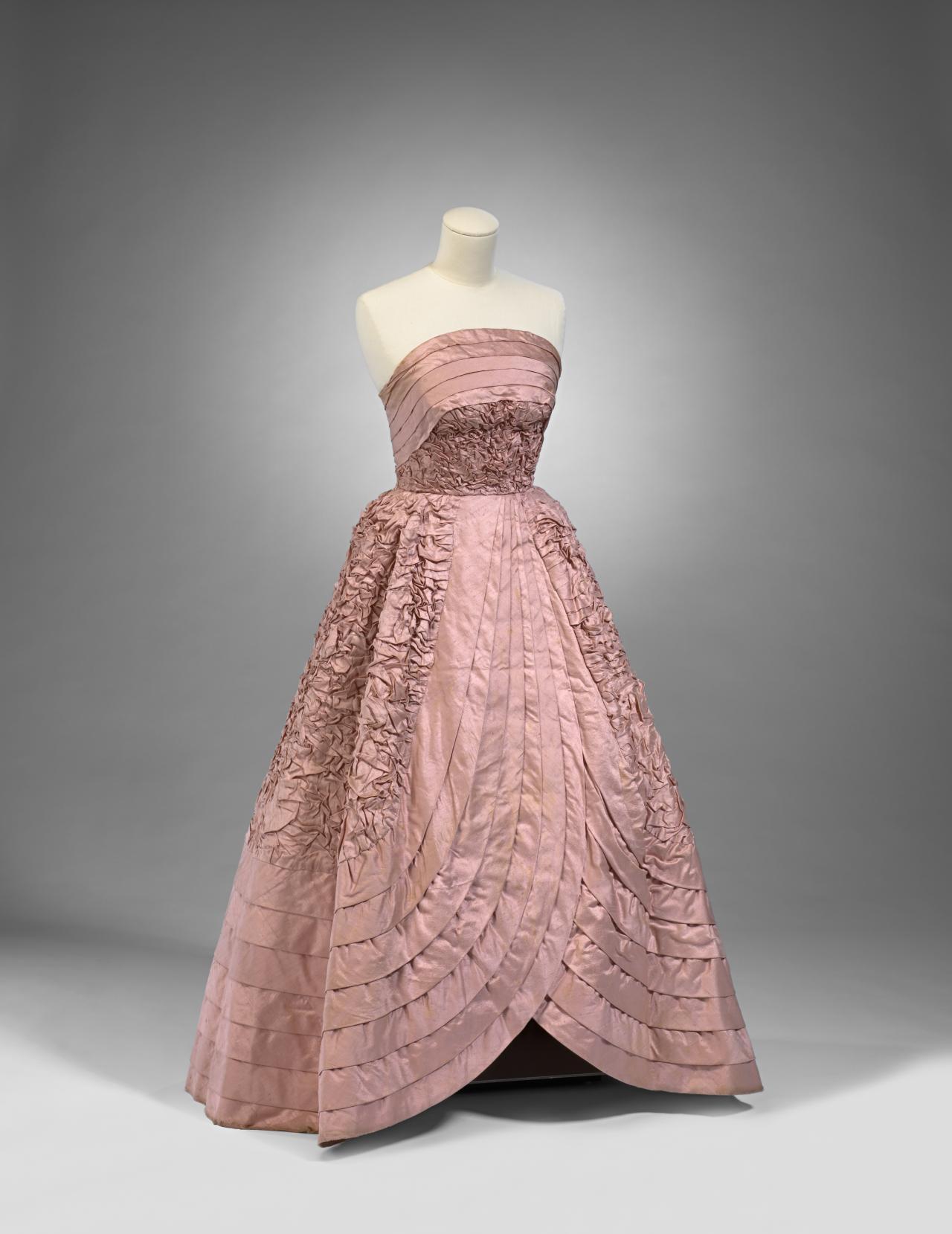 Evening gown | Hall LUDLOW (designer); HALL LUDLOW, Melbourne ...