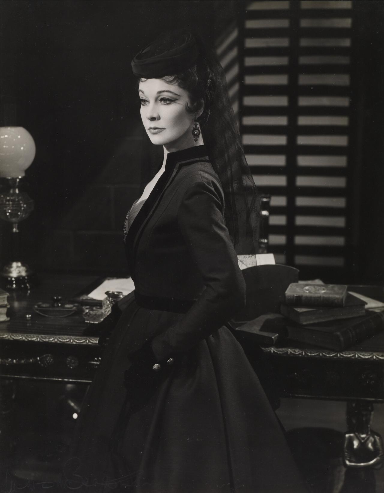 Vivien Leigh in Duel of Angels