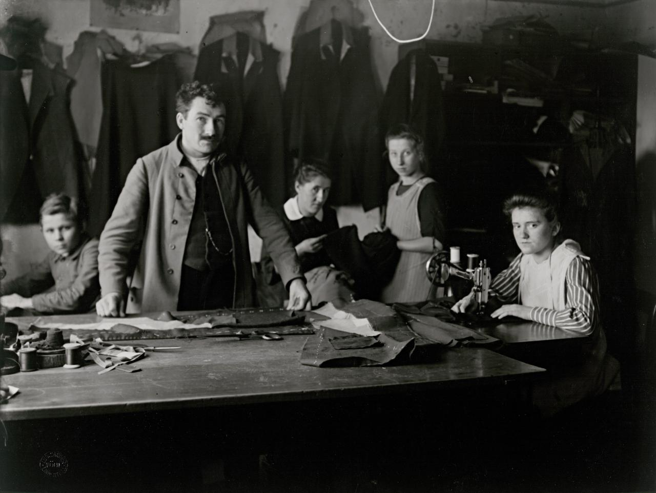 Tailor with assistants, Westerwald, 1924