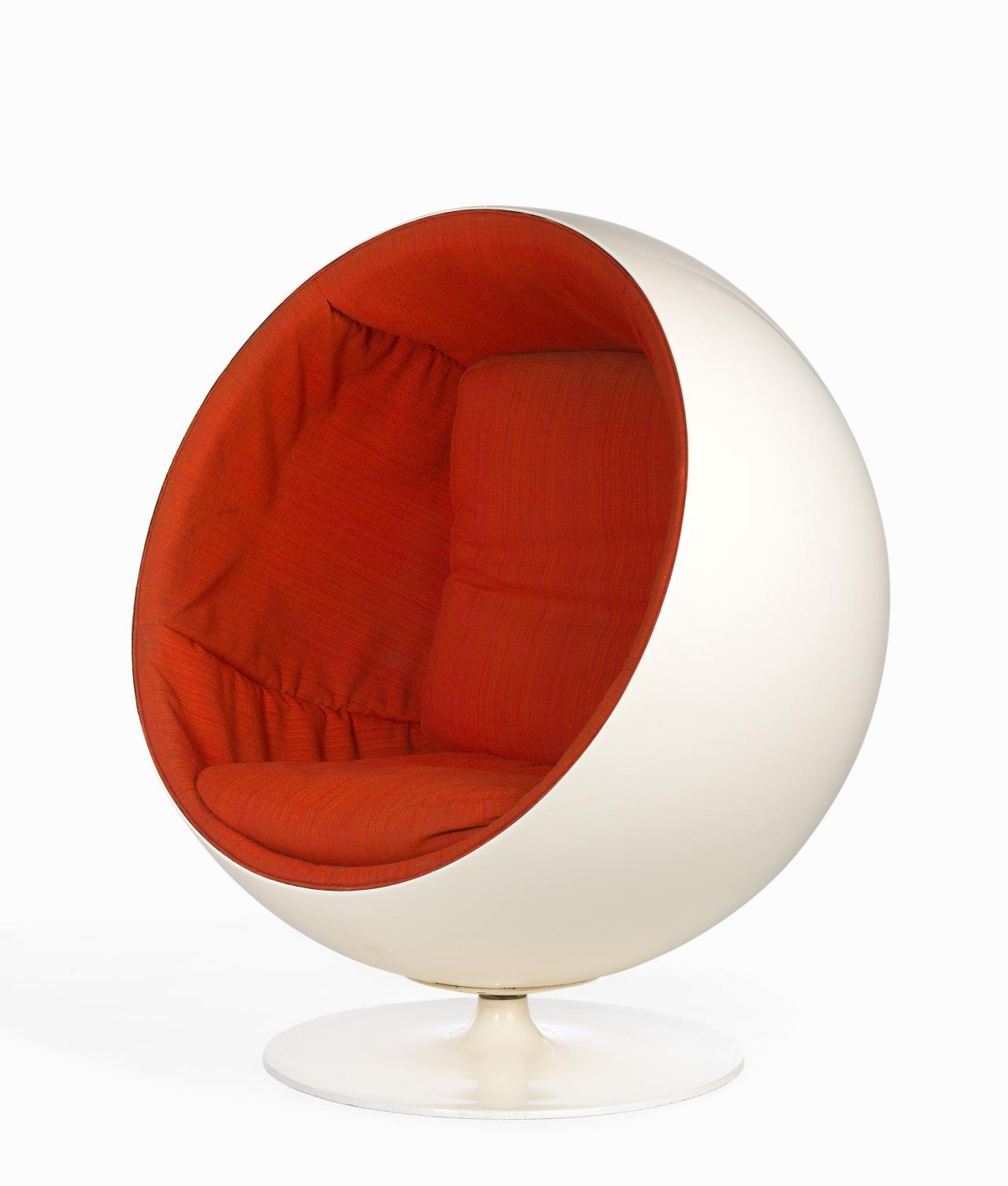 Ball chair | Eero AARNIO (designer); ASKO INTERNATIONAL, Lahti ...
