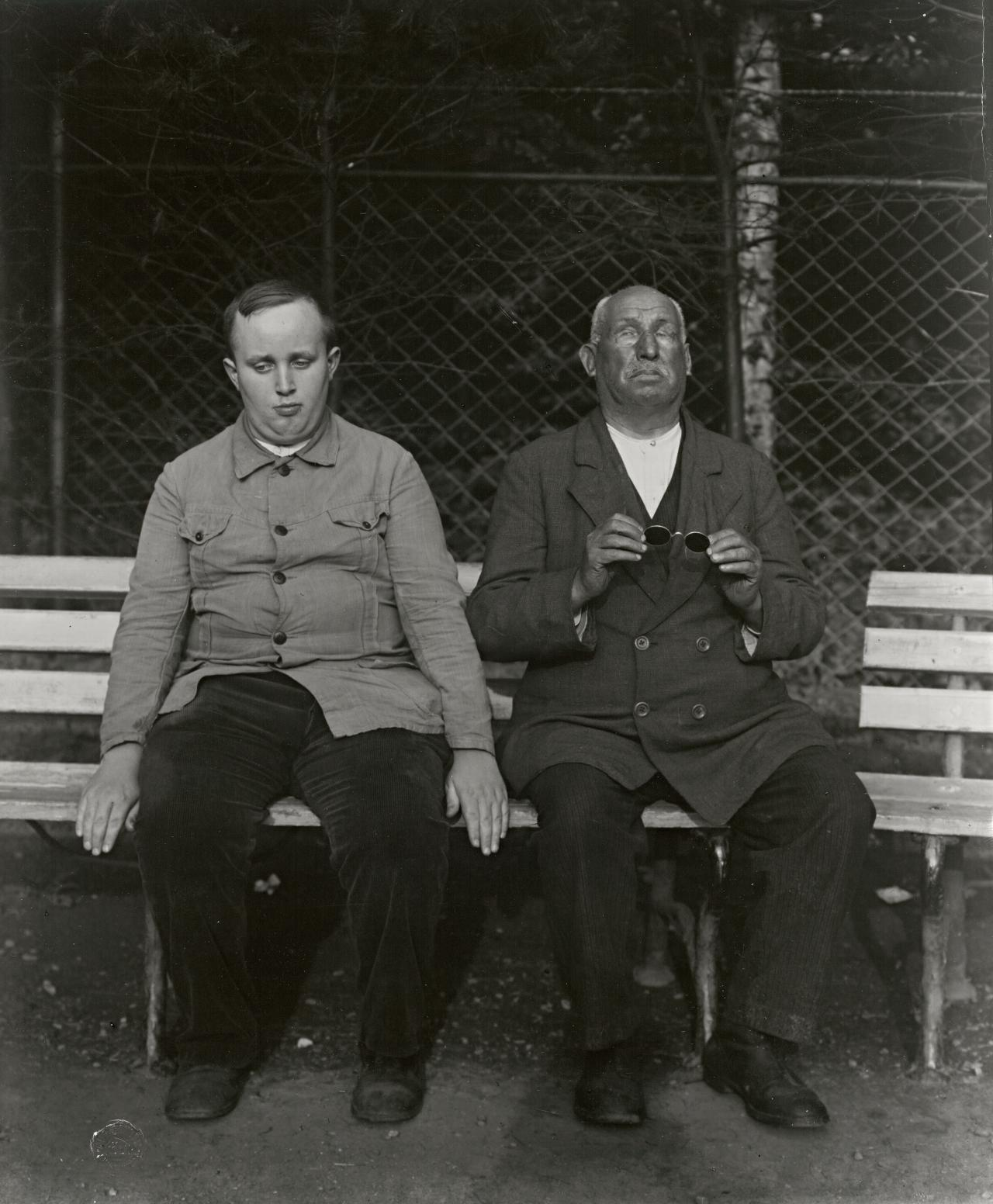 Inmates of a home for the blind, Duren, 1930