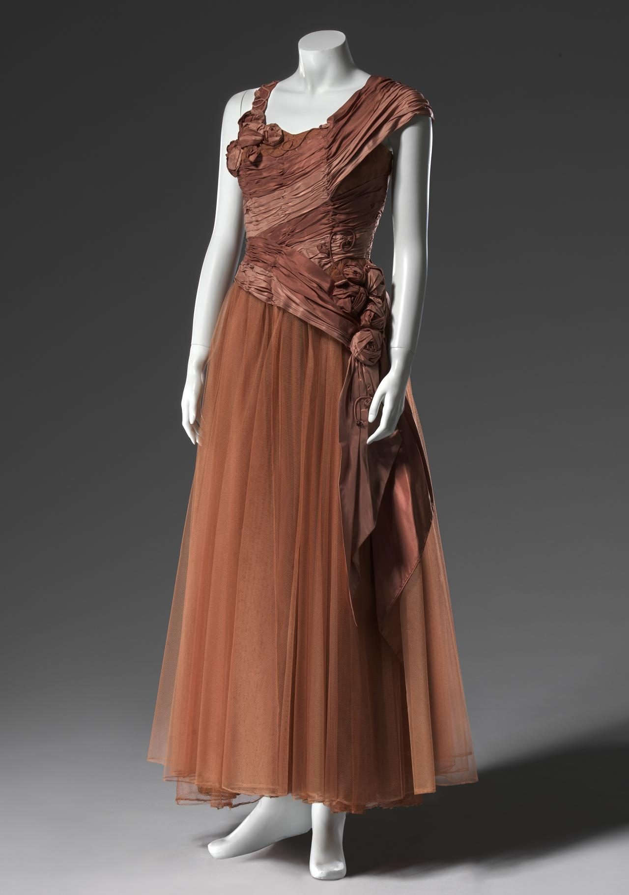 Ball gown   HARTNELL OF MELBOURNE PTY LTD., Melbourne (fashion house ...