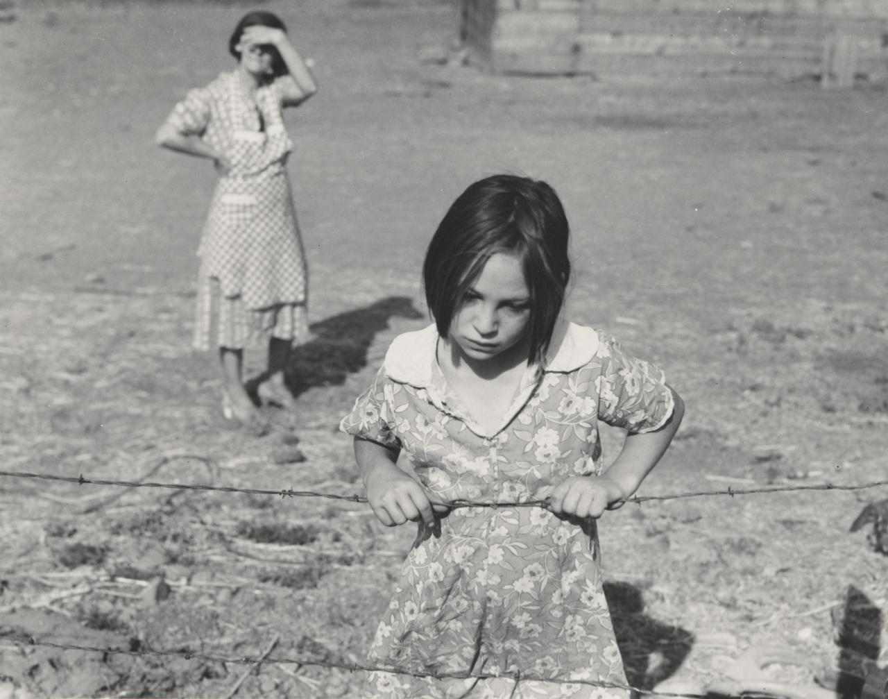 Child and her mother, FSA rehabilitation clients, near Wapato, Yakima Valley, Washington