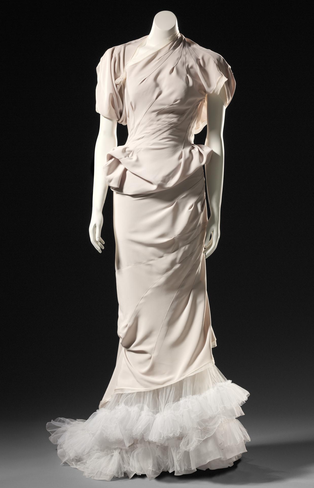 Dali Goddess evening dress   MATICEVSKI, Melbourne (fashion house ...