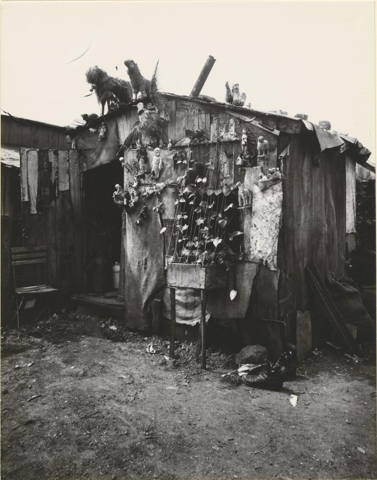 Ragpicker's Hut