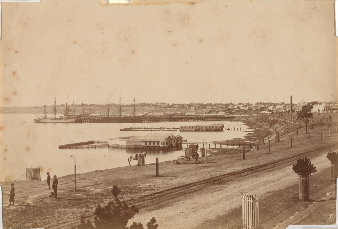 Geelong Harbour from Eastern Beach