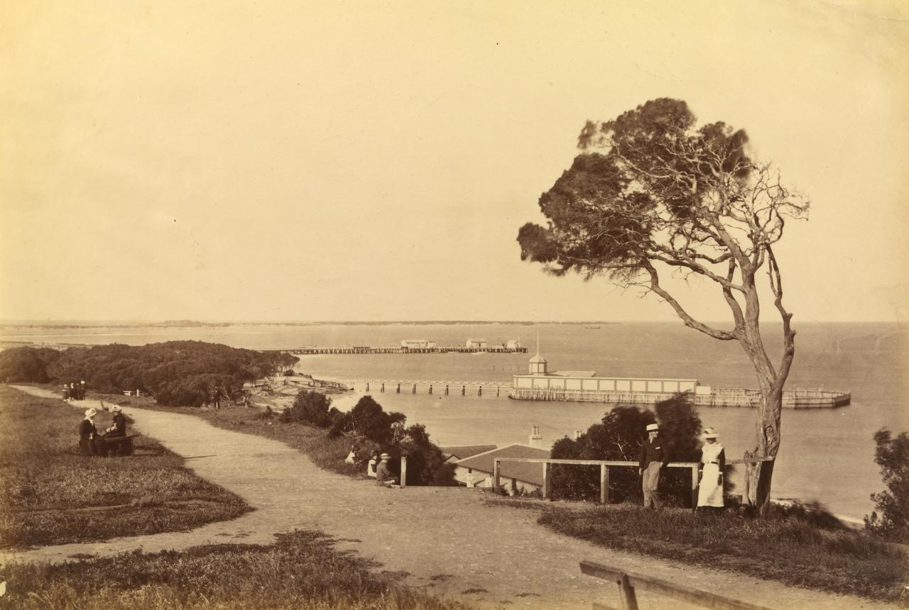 Steamboat jetty and bathing houses, from Esplanade, Queenscliff