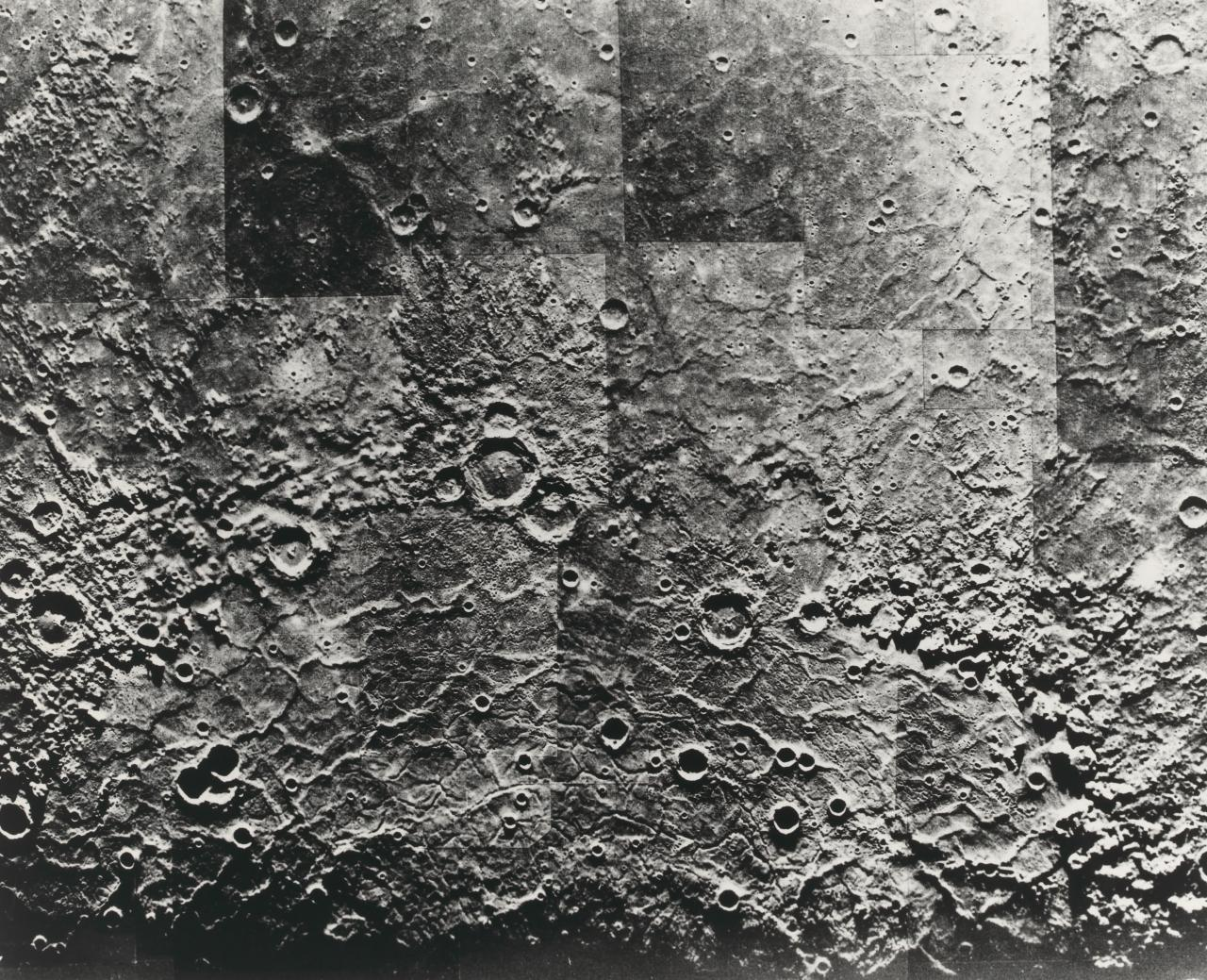 Photomosaic of Mercury, showing semicircle of cratered mountains