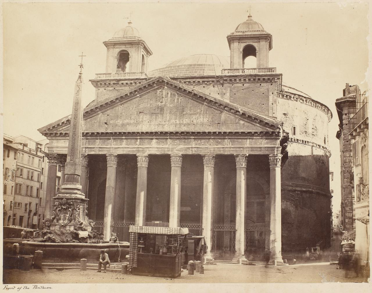 Front of the Pantheon