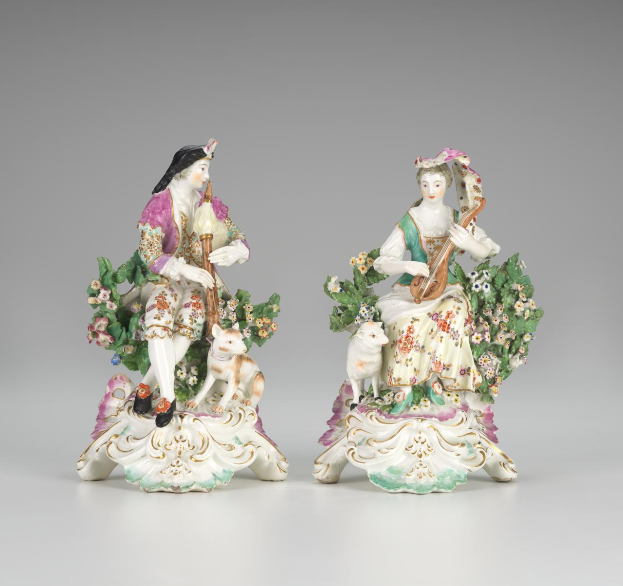Pair of musicians, figures
