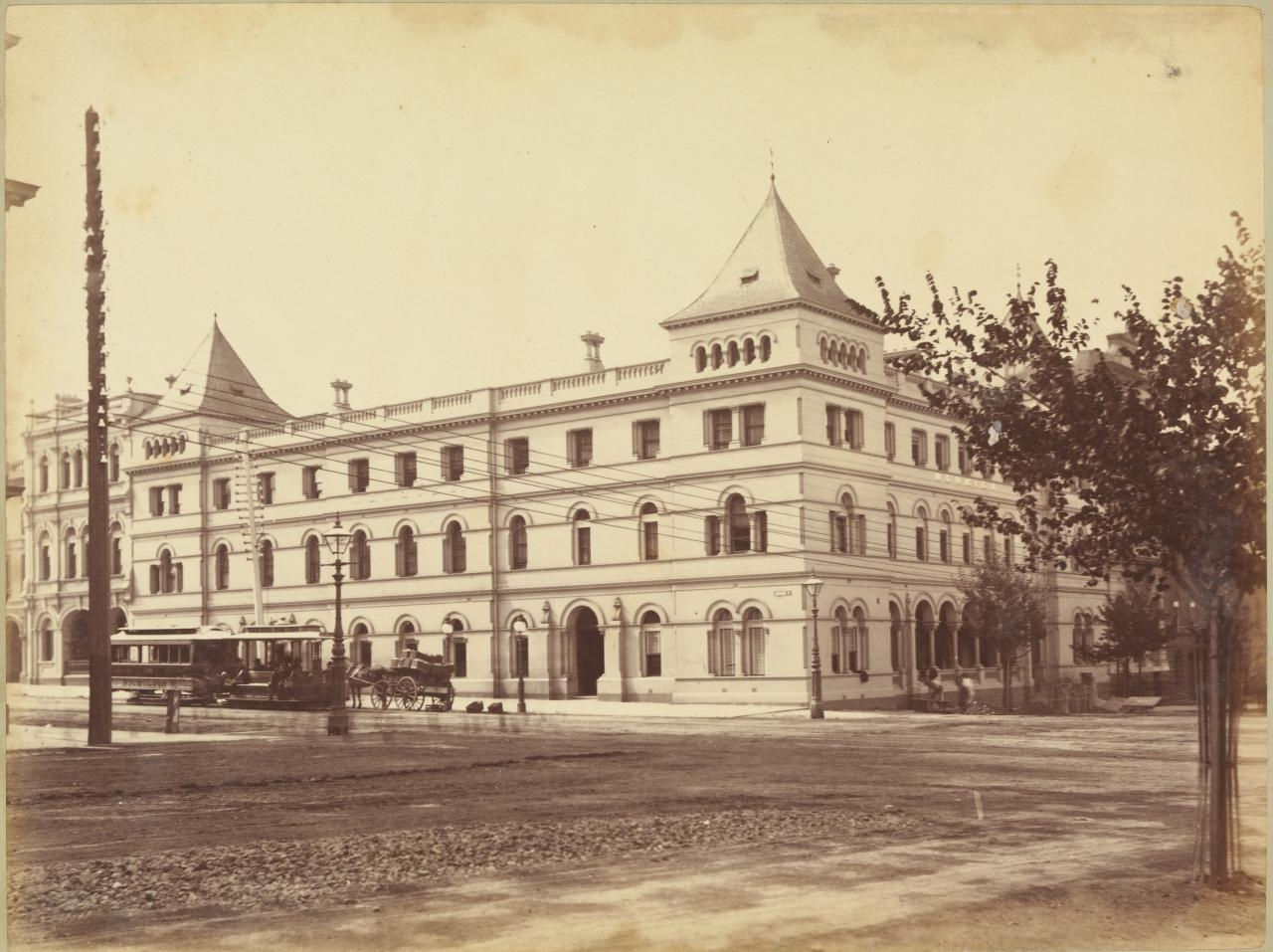 Menzies Hotel, Bourke and Williams Sts.